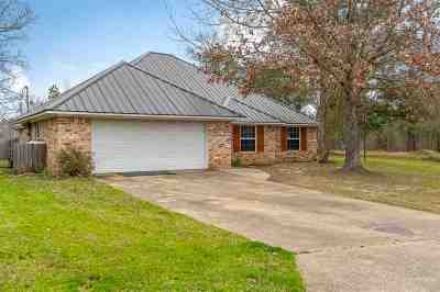 Gladewater TX Single Family Home Active, Option Period: $169,950