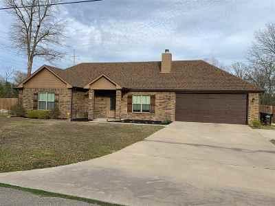 Longview TX Single Family Home Active, Option Period: $230,000