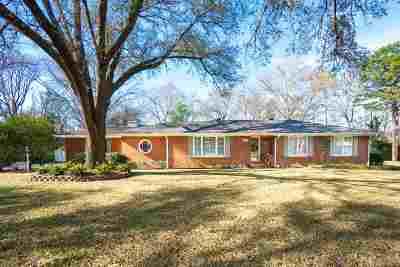Kilgore Single Family Home For Sale: 2409 Green Hills Dr.