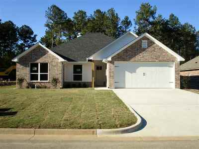 Hallsville Single Family Home For Sale: 125 Decoy Ln