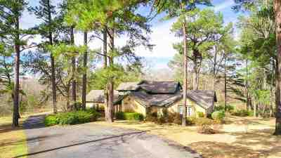 Longview Single Family Home Active, Cont Upon Loan Ap: 2515 Graystone Rd