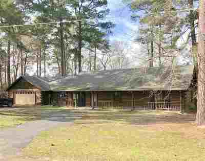 Longview, Carthage, Hallsville, Kilgore, Henderson, Tatum, Beckville, Gary, Elysian Fields, Diana, Ore City, Harleton, Gilmer, Gladewater, Sabine, Daingerfield Single Family Home For Sale: 114 County Road 1941