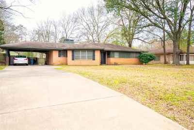 Kilgore Single Family Home For Sale: 1206 Woodlawn