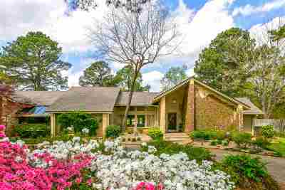 Longview Single Family Home For Sale: 1603 H G Mosley Parkway