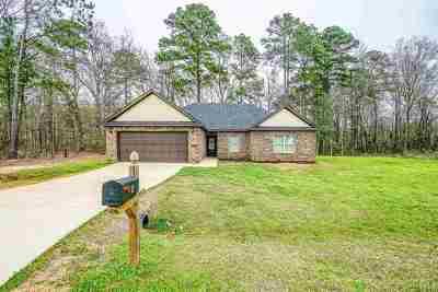 Kilgore Single Family Home For Sale: 605 Ann St