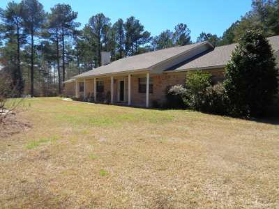 Big Sandy Single Family Home For Sale: 2802 Red Maple Rd.