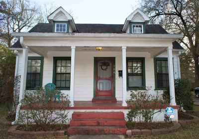 Longview Single Family Home For Sale: 708 Sylvan