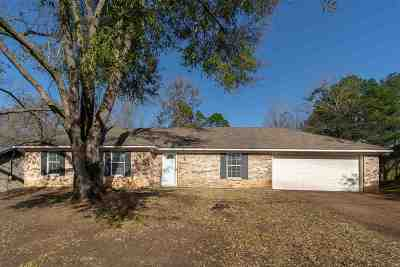 Longview Single Family Home For Sale: 3722 Mark Drive