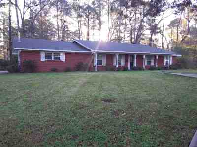 Longview Single Family Home For Sale: 1214 Nancy Circle