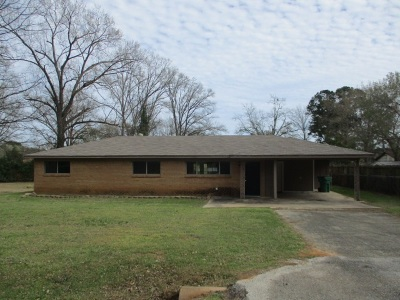 Longview TX Single Family Home For Sale: $102,000