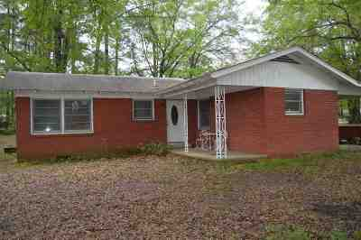 Ore City Single Family Home For Sale: 101 W Hickory