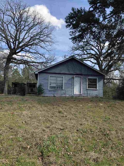 Big Sandy Single Family Home Active, Option Period: 8736 Weeping Willow Rd