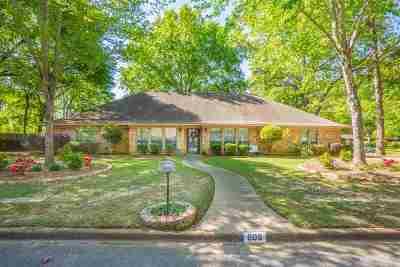Kilgore Single Family Home Active, Cont Upon Loan Ap: 608 Town Oaks Cir