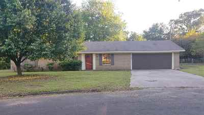 Gladewater TX Single Family Home Active, Option Period: $136,700