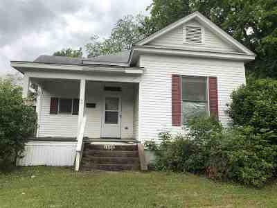 Marshall Single Family Home For Sale: 1105 Elsie