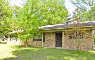 Gladewater TX Single Family Home Active, Option Period: $89,300