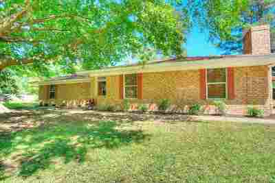 Single Family Home For Sale: 109 County Rd 2311