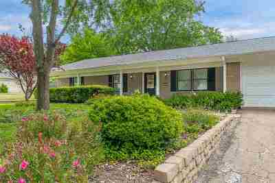 Single Family Home For Sale: 2806 Eugenia Drive