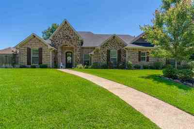 Longview Single Family Home For Sale: 1500 Grand Cypress