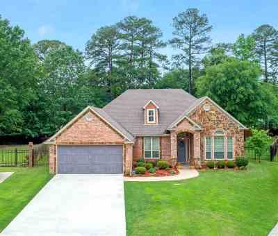 Longview Single Family Home For Sale: 3803 Falls Creek Drive