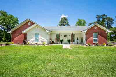 Gilmer Single Family Home For Sale: 1934 Silk Tree Rd