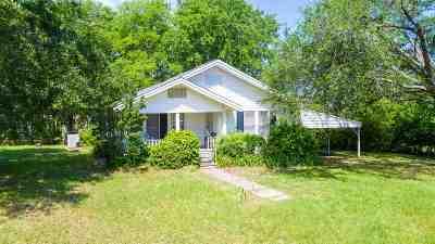 Gilmer Single Family Home For Sale: 2444 Locust Rd