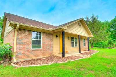 Carthage TX Single Family Home Active, Option Period: $159,900