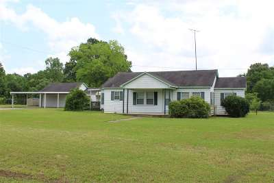Timpson TX Single Family Home Active, Option Period: $115,000