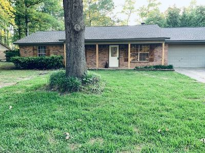 Hallsville Single Family Home Active, Option Period: 308 Pine Circle