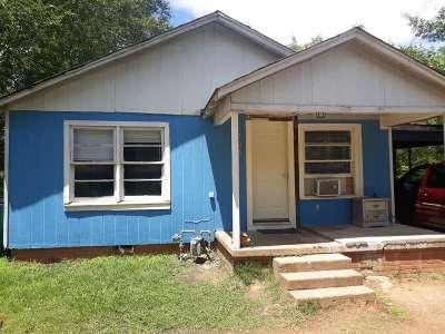 Henderson Single Family Home For Sale: 705 Wilson
