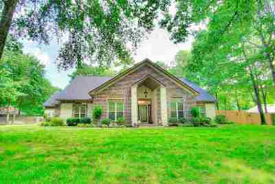 Kilgore Single Family Home For Sale: 130 Timbers Rd