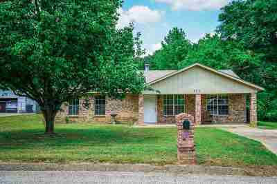 Longview TX Single Family Home For Sale: $121,000
