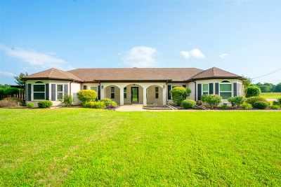 Rusk County Single Family Home Active, Cont Upon Loan Ap: 111 Joni Ln