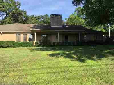 Gladewater TX Single Family Home For Sale: $249,000