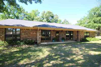 Gregg County Single Family Home For Sale: 206 Cottonwood Trl