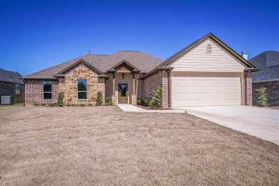 Hallsville Single Family Home For Sale: 123 Decoy Ln
