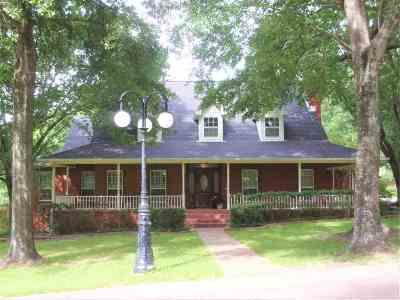 Henderson Single Family Home For Sale: 108 Brachfield Rd.