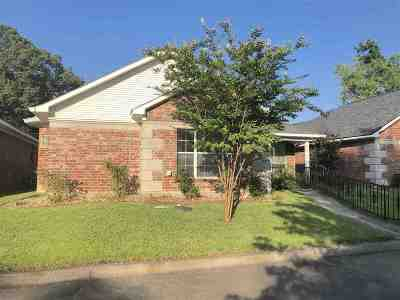 Longview, Carthage, Hallsville, Kilgore, Henderson, Tatum, Beckville, Gary, Elysian Fields, Diana, Ore City, Harleton, Gilmer, Gladewater, Sabine, Daingerfield Single Family Home Active, Option Period: 514 Park Place