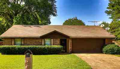 Marshall Single Family Home For Sale: 26 Buena Vista Dr