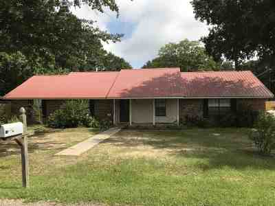 Hallsville Single Family Home Active, Option Period: 227 Cheyenne Run