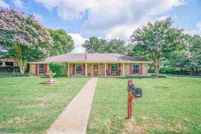 Gladewater TX Single Family Home Active, Option Period: $159,500