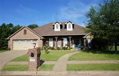 Longview Single Family Home For Sale: 5011 Rustic Oak
