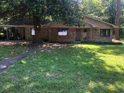 Marshall TX Single Family Home For Sale: $164,999