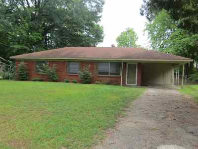 Lakeport Single Family Home Active, Option Period: 410 Rocket Street