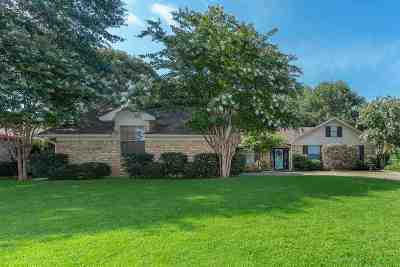 Henderson Single Family Home Active, Option Period: 1905 Castlegate