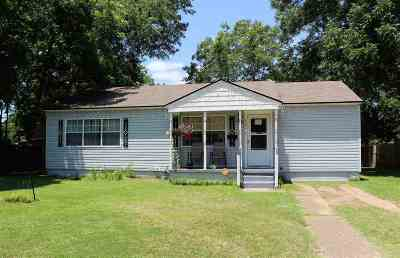 Gladewater TX Single Family Home Active, Option Period: $75,000