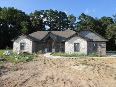 Hallsville Single Family Home Active, Option Period: 155 Private Road 3117