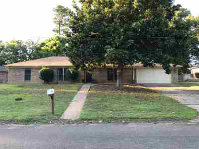 Gregg County Single Family Home For Sale: 303 Wain Dr.