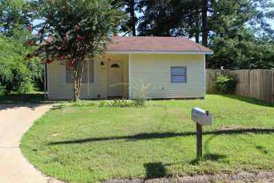 Gregg County Single Family Home Active, Cont Upon Loan Ap: 419 Godfrey