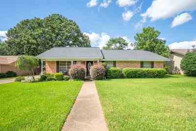 Gregg County Single Family Home For Sale: 3011 Royal Dr